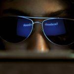 Il Guardian su Facebook: moderatori in difficoltà, troppi contenuti